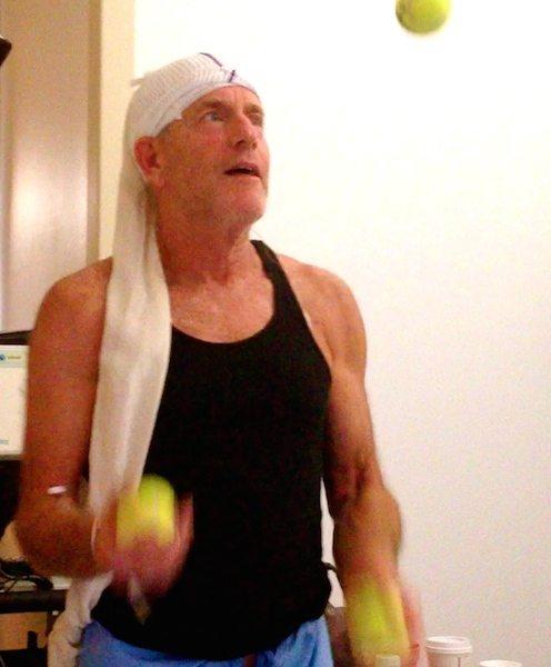 Jan juggling